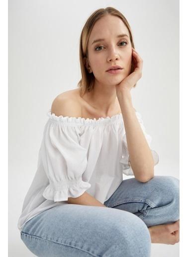DeFacto Fırfırlı Carmen Yaka Kısa Kollu Bluz Beyaz